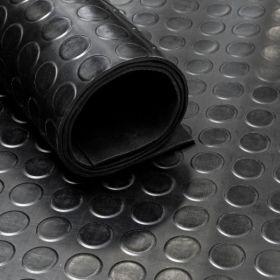 Rubber loper / rubbermat op rol van 15 m2 Noppen 4mm